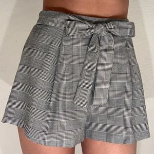 High Waisted Formal Shorts!